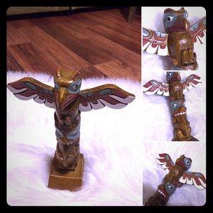 🦋2/$10 3/$15 4/$18 5/$20 Vintage Wood Totem